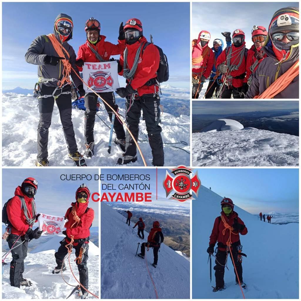 Cordada de BOMBEROS CAYAMBE la Cumbre DEL Nevado Cayambe